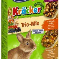 Храна за декоративни мини зайчета – Vitakraft – Крекер горски плодове, мед и пуканки – 3 бр.